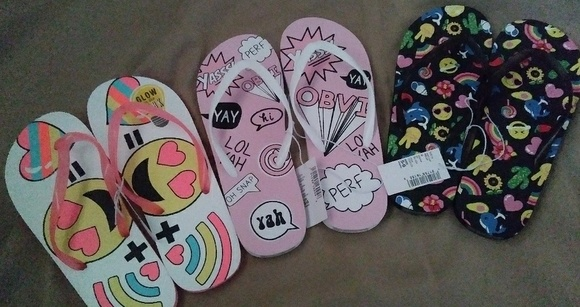 Children's Place Other - Flip Flops ( Bundle and Save)